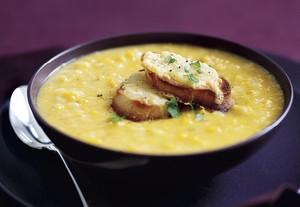 chunky-sweet-potato-and-apple-soup-with--20170814054002656099vbjyg